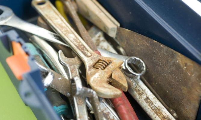 ferramentas com ferrugem